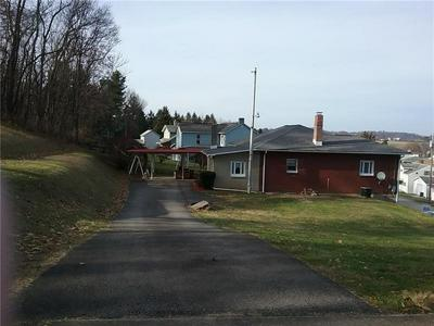 208 S 16TH ST, CONNELLSVILLE, PA 15425 - Photo 2
