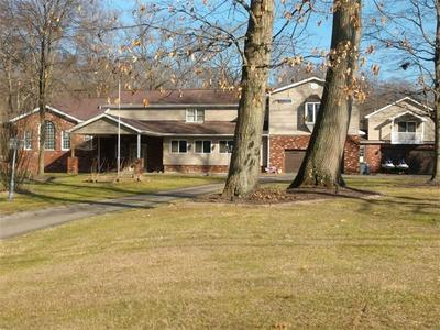 205 COUNTRY CLUB DR, ELLWOOD CITY, PA 16117 - Photo 2