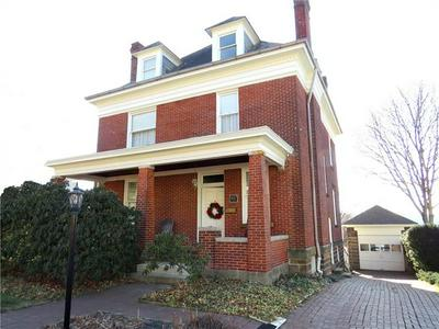 447 W PEARL ST, BUTLER, PA 16001 - Photo 1