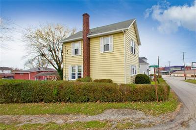 338 CONNELLSVILLE ST, Uniontown, PA 15401 - Photo 2