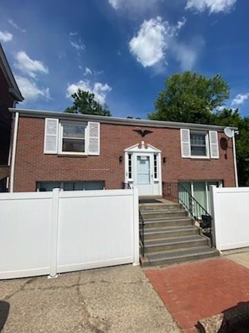 6435 LIBRARY RD, South Park, PA 15129 - Photo 1