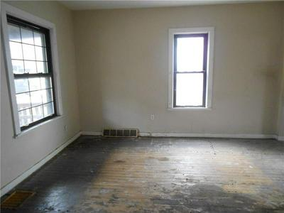 828 DELAWARE AVE, Glassport, PA 15045 - Photo 2