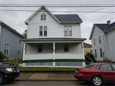 318 S CHESTNUT ST, Derry Borough, PA 15627 - Photo 1