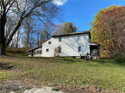 1112 CENTER CHURCH RD, New Castle, PA 16101 - Photo 2