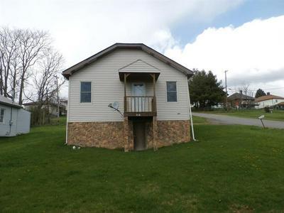 219 2ND ST, Smith, PA 15054 - Photo 1