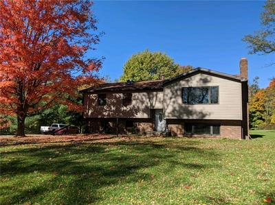 764 HOOVER RD, New Castle, PA 16101 - Photo 1