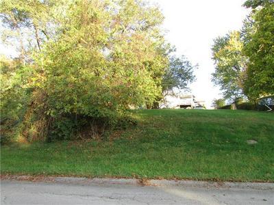 301 OAK AVE, Elizabeth Township/Boro, PA 15037 - Photo 1