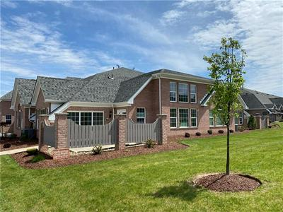 1540 PARKWOOD POINTE DR, Moon/Crescent Township, PA 15046 - Photo 1