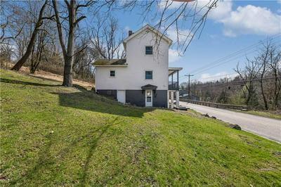 7043 PLEASANT VALLEY RD, IRWIN, PA 15642 - Photo 2