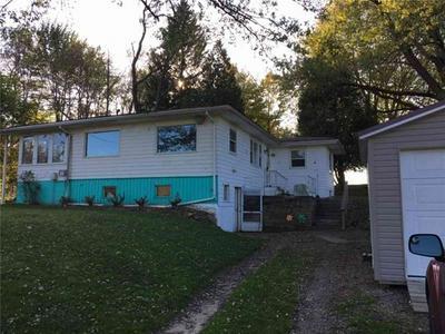 118 S CHESTNUT ST, Linesville, PA 16424 - Photo 1