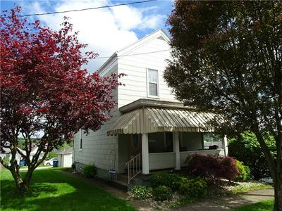 106 N 5TH ST, Youngwood, PA 15697 - Photo 2
