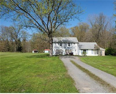 4325 NEW CASTLE RD, Pulaski, PA 16143 - Photo 1