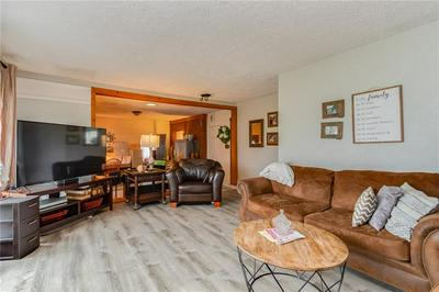 1690 OLD BRODHEAD RD, Center Township - Bea, PA 15061 - Photo 2