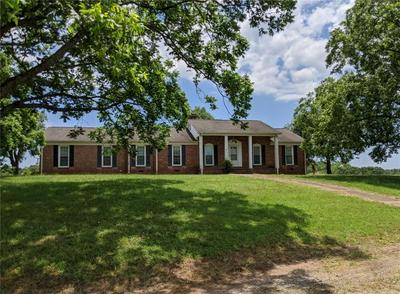 144 EARLE RD, Central, SC 29630 - Photo 1