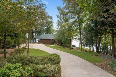 6030 LAKE POINT EAST DR, Seneca, SC 29672 - Photo 2