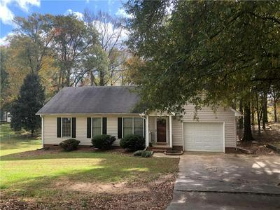 415 MAYFIELD DR, Anderson, SC 29625 - Photo 2