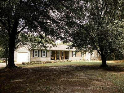 411 YOUTH CENTER RD, Belton, SC 29627 - Photo 2