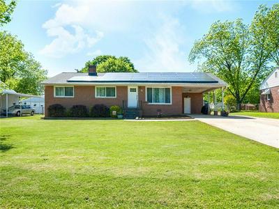 12 FARMINGTON RD, Greenville, SC 29605 - Photo 2