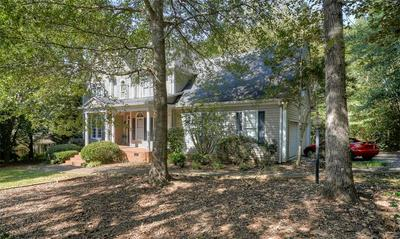 203 COUNTRY CLUB DR, Laurens, SC 29360 - Photo 2