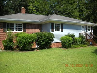 208 W NORTH AVE, Westminster, SC 29693 - Photo 2