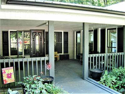 357 HILLSHORE RD, Lavonia, GA 30553 - Photo 2
