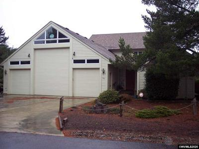 30 OCEAN DUNES DR, FLORENCE, OR 97439 - Photo 1