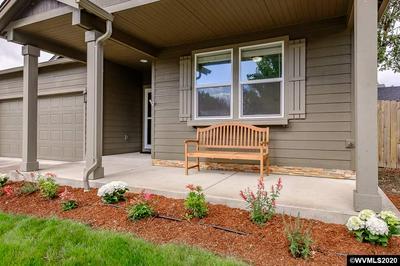 2668 OAK RIDGE ST NW, Albany, OR 97321 - Photo 2
