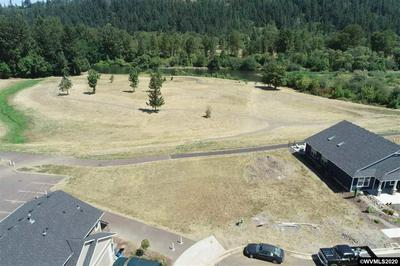 2297 ROBBINS WAY, Lebanon, OR 97355 - Photo 2