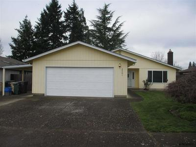 2501 25TH AVE SE, Albany, OR 97322 - Photo 1