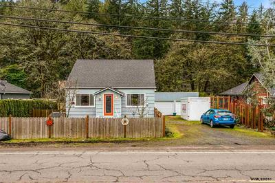 1182 S WATER ST, Silverton, OR 97381 - Photo 2