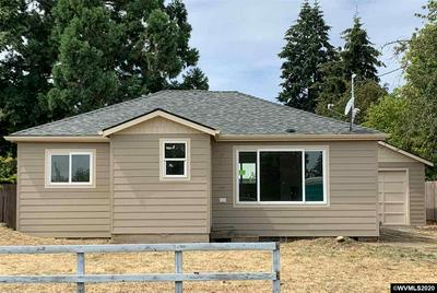 228 S 6TH ST, Lebanon, OR 97355 - Photo 1