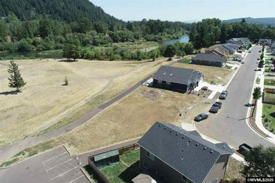 2289 ROBBINS WAY, Lebanon, OR 97355 - Photo 2