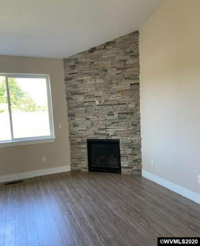 800 COVEY RUN ST, Independence, OR 97351 - Photo 2