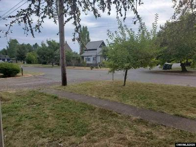 221 WALNUT ST, Independence, OR 97351 - Photo 2