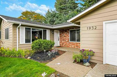 1952 BEAVER LOOP NW, Salem, OR 97304 - Photo 2