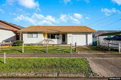1387 S 2ND ST, Lebanon, OR 97355 - Photo 2