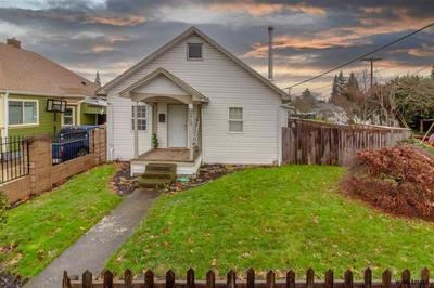 2410 4TH ST NE, Salem, OR 97301 - Photo 2