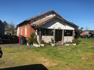 607 JEFFERSON ST, SILVERTON, OR 97381 - Photo 2