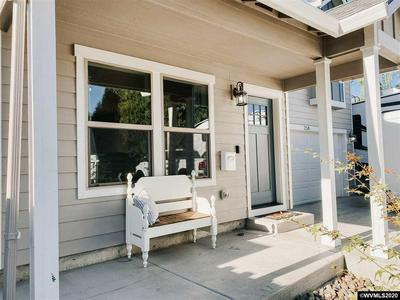 258 GRAND ST, Independence, OR 97351 - Photo 2