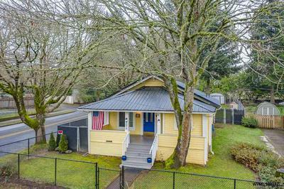 898 THOMPSON AVE NE, Salem, OR 97301 - Photo 1