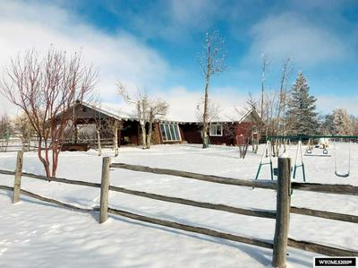 10 CHAMBERS DR, LANDER, WY 82520 - Photo 1