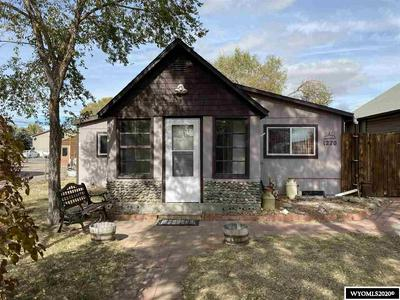 1220 E WASHINGTON AVE, Riverton, WY 82501 - Photo 1
