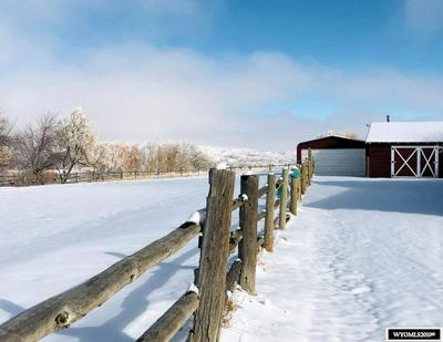 10 CHAMBERS DR, LANDER, WY 82520 - Photo 2