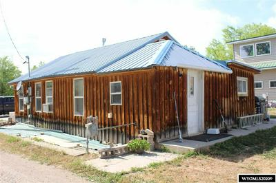 323 N 8TH ST, Thermopolis, WY 82443 - Photo 2