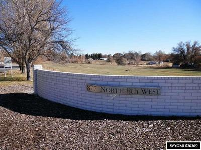877 N 8TH ST W, Riverton, WY 82501 - Photo 2