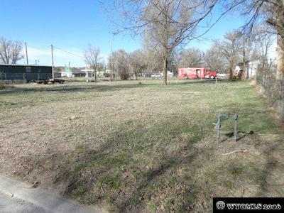 53 N KANSAS AVE, GUERNSEY, WY 82214 - Photo 2