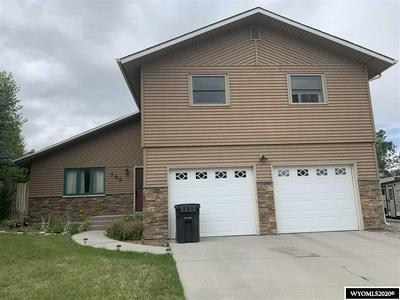 799 VANCE DR, Lander, WY 82520 - Photo 1