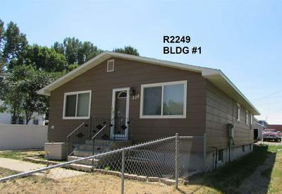 208 S 8TH ST, Basin, WY 82410 - Photo 1