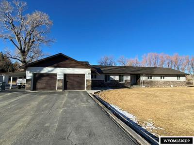 635 W MOUNTAIN VIEW DR, Riverton, WY 82501 - Photo 1