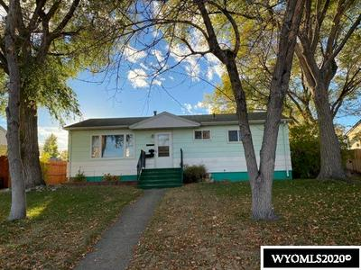 522 N 16TH ST E, Riverton, WY 82501 - Photo 1